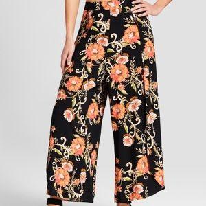 XHILIRATION Floral Print Soft Pants